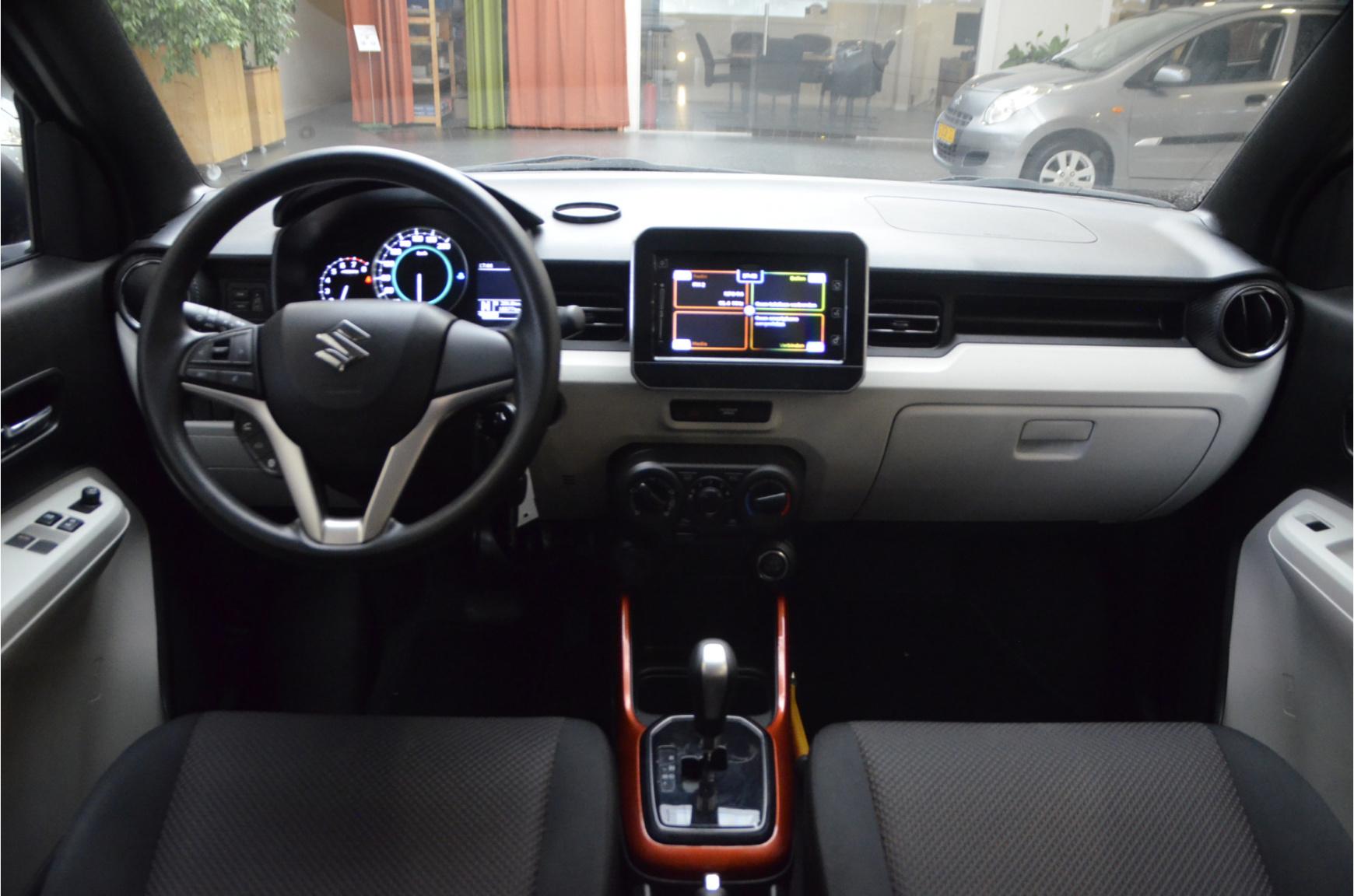 Suzuki-Ignis-14