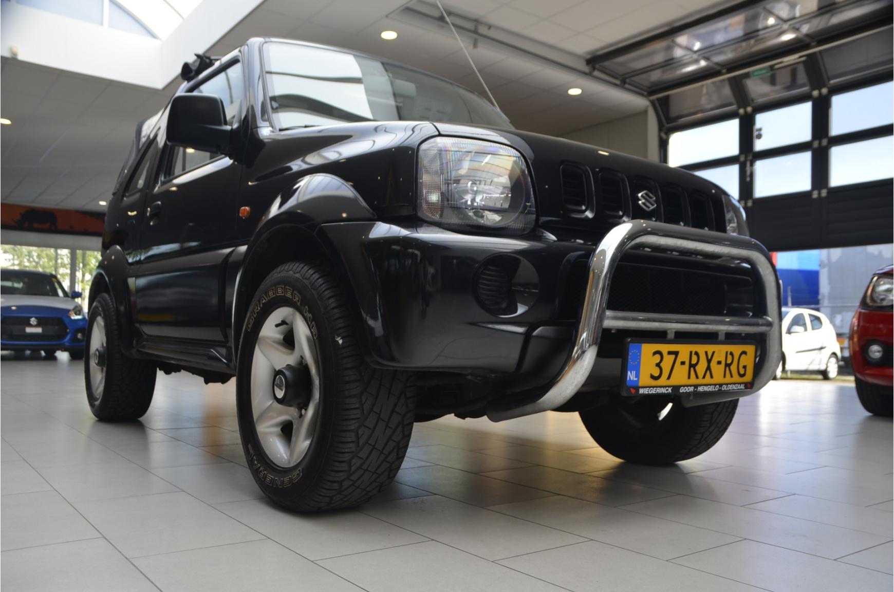 Suzuki-Jimny-22