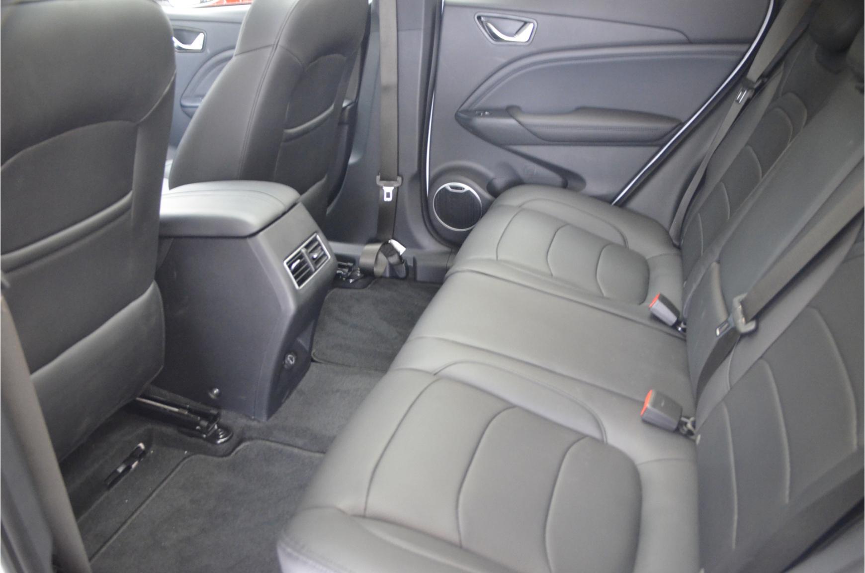 Seres-3 Luxury 52 kWh-34