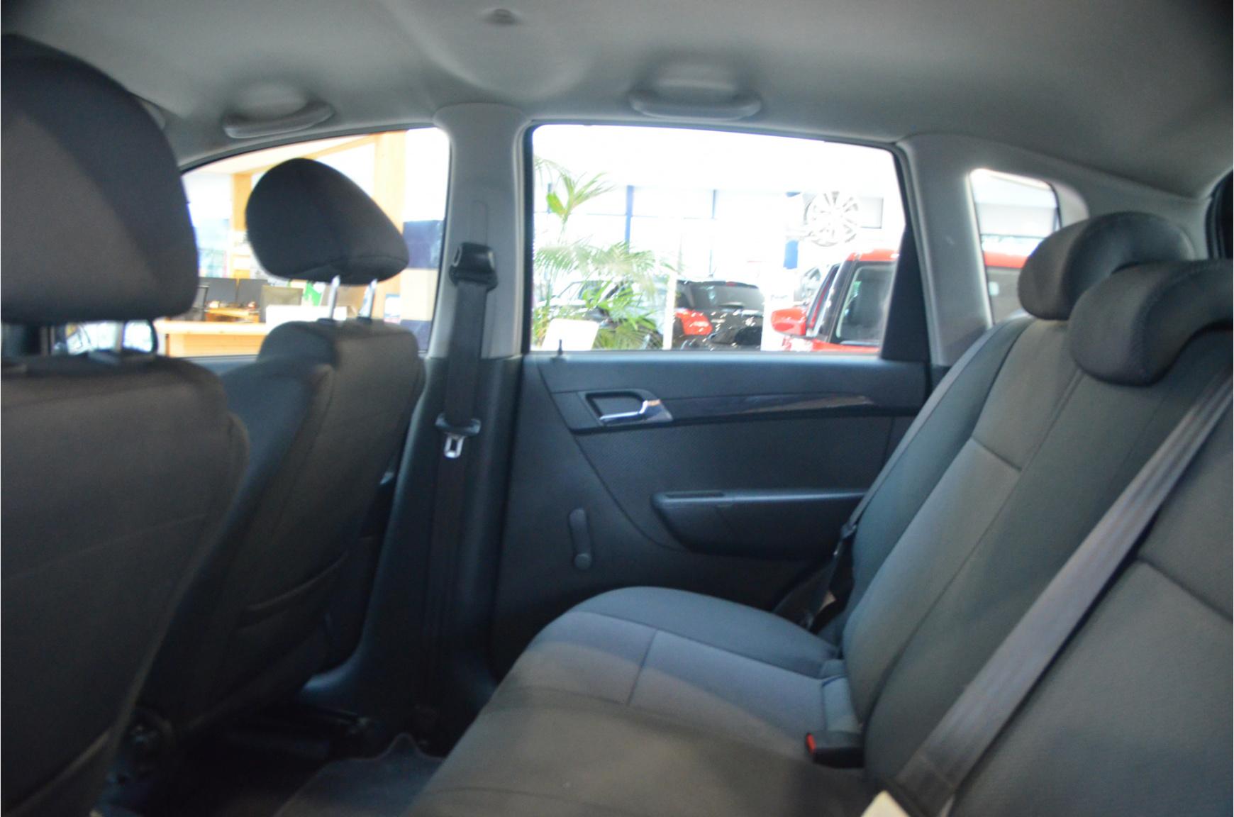 Chevrolet-Aveo-15