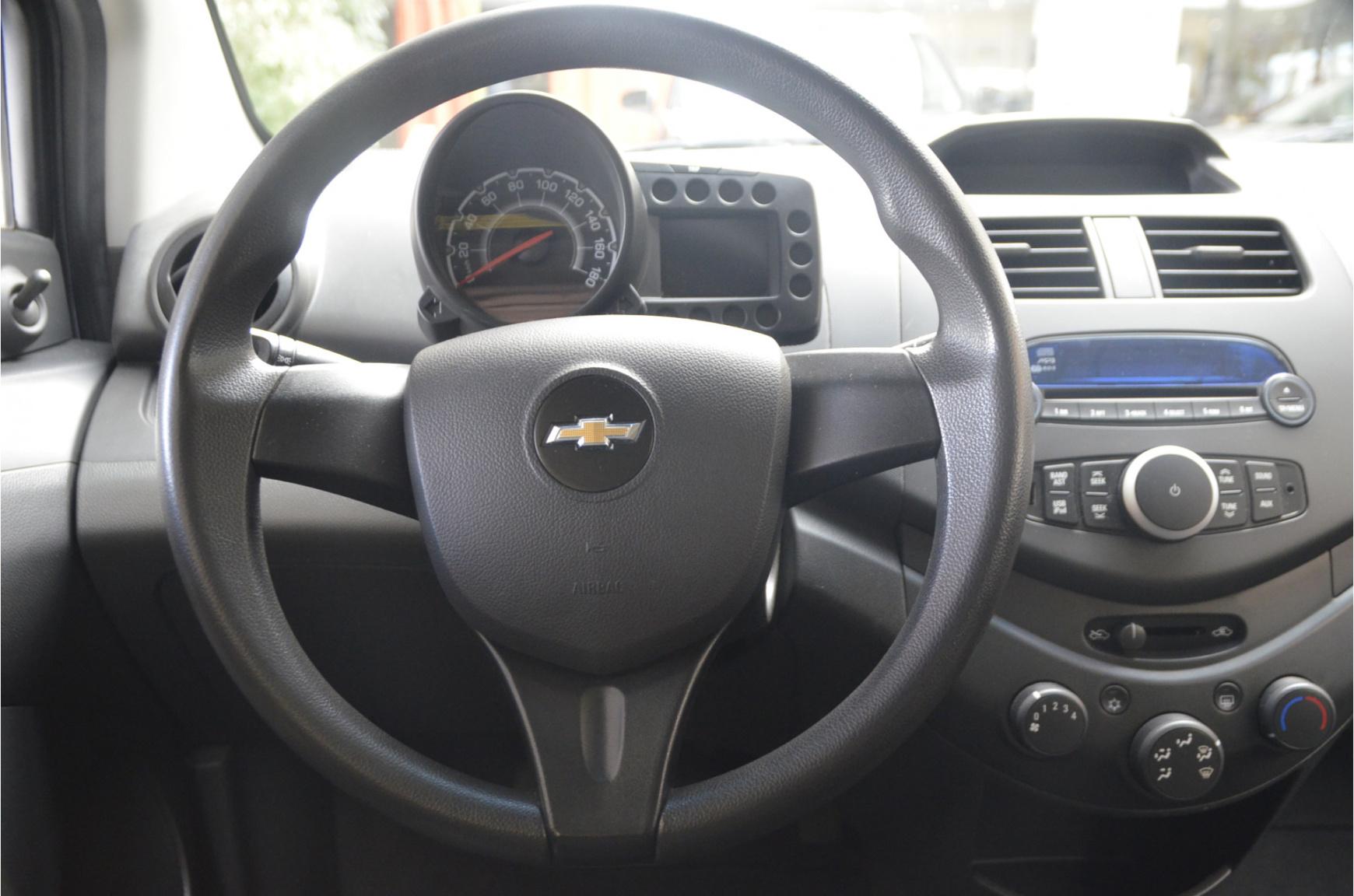 Chevrolet-Spark-14
