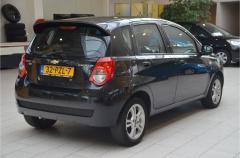 Chevrolet-Aveo-6